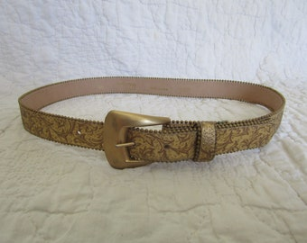 Vintage Belt Motion East Gold Tone with Metal Ball Edge on both sides Size  SM a19ca3c75af4
