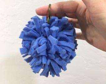 Blue fleece POM POM keychain, large keychain, fleece keychain, blue keyring, pom pom keyring, pom pom keychain, bag charm, zipper pull