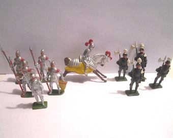 Vintage C B G Mignot LegionariesKnight Solid Toy Soldier Shield Red