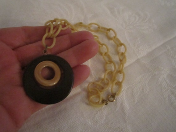Vintage 1930s/40s Art Deco Celluloid Necklace with