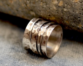 Spinner Band. Meditation Ring. Oxidized Sterling Silver Band.  Spinner Rings. Silversmith. Size: 6. Gift For Her.