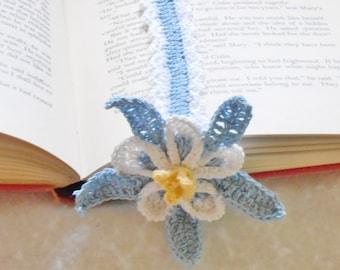 Columbine bookmark thread crochet pattern, floral bookmark DIY, columbine flower bookmark instructions, readers gift diy, unique bookmark