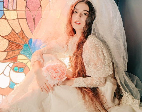 The Wonder of You vintage bridal gown and veil