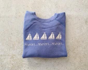 Vintage Sweatshirt | NEWPORT 80's Raglan Pullover Top Shirt Sweater Coastal Nautical Sailing Beach Ocean Blue Lavender Periwinkle | Size M
