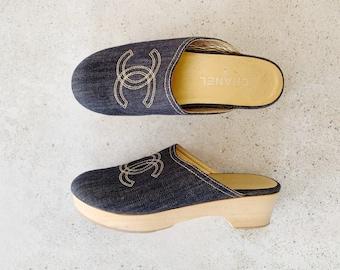 Vintage Shoes | CHANEL Logo Denim Chambray Clogs Mules Slides Blue Gold Wood 90's | Size 38 EU / 7.5 - 8 US