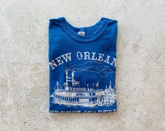 Vintage T-Shirt   NEW ORLEANS French Quarter Pullover Top Shirt Blue White   Size S/M