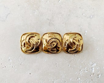 Vintage Brooch | CHANEL Triple CC Gold Brooch Pin 80's