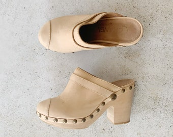 Vintage Shoes | CHANEL Leather Wood Clogs Logo 90's Tan Beige Cream Natural Brass | Size 37 EU / 6 - 6.5 US