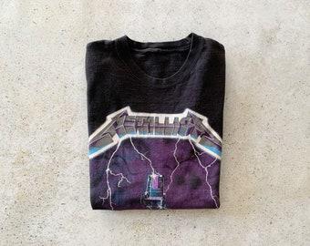 Vintage T-Shirt | METALLICA Rock Band Concert Music Grunge 90's Shirt Top Pullover Black | Size M