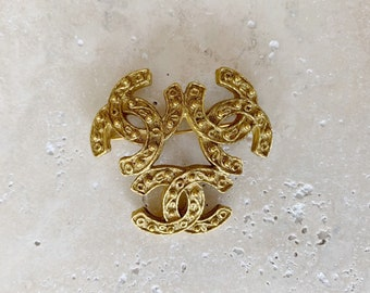 Vintage Brooch | CHANEL Triple CC Gold Logo Brooch Pin