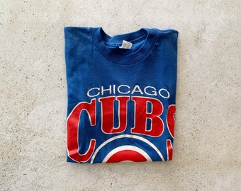Vintage T-Shirt | CHICAGO CUBS Baseball Pullover Shirt 80's Faded Blue Red | Size S