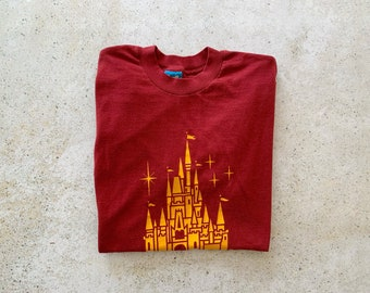 Vintage T-Shirt | WALT DISNEY World Top Shirt Pullover Mickey Mouse 70's 80's Red Yellow | Size M