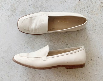 Vintage Shoes | CHANEL Loafers Slip-ons cc Bone Cream Leather | Size 37 EU / 6- 6.5 US
