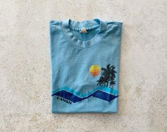 Vintage T-Shirt | HAWAII Pullover Top Shirt 80's Tropical Beach Coastal Ocean Light Blue | Size S