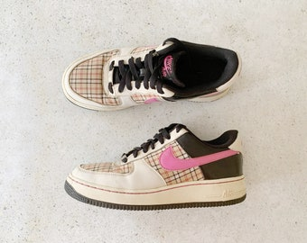 Vintage Shoes | NIKE Women's Air Force 1 Low Plaid Pink Black | Size 8.5