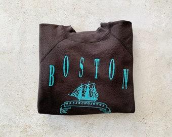 Vintage Sweatshirt | BOSTON Raglan Pullover Top Shirt Sweater 90's Tourist Black Blue | Size S