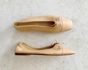 Vintage Shoes  | CHANEL Ballet Flats Logo Tan Beige Nude / Size 38.5 EU / 7.5 - 8 US