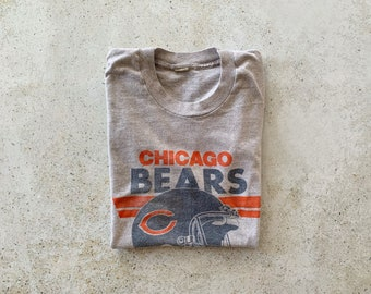 Vintage T-Shirt | CHICAGO BEARS 80's Football Sports Top Shirt Pullover Faded Gray Blue Orange | Size M