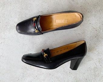 Vintage Shoes   GUCCI Women's Horsebit Loafers Heels Pumps Leather Navy Blue 70's 80's   Size 40 EU / 9 - 9.5 US