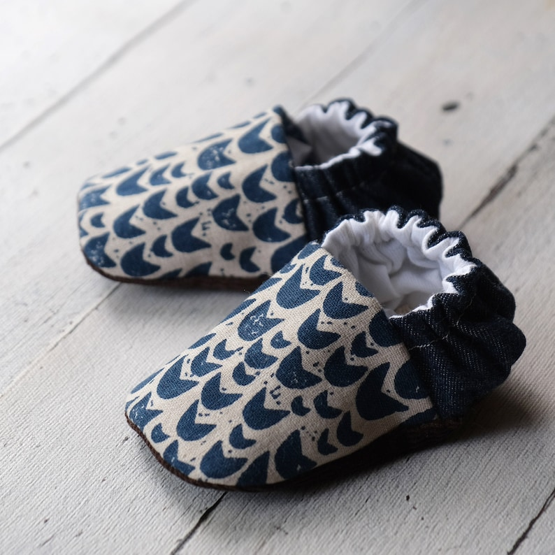 Tulips Reversible Baby Shoes image 0