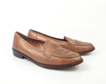 c6bbc5dd0a1a7 Brown Flats Shoes Vintage 1980s Brass Plum Italy Carmel Leather size  Women s size 40