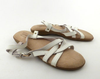 186490dd343 Bass Sunjuns Sandals Vintage 1980s White leather Women s size 8 M