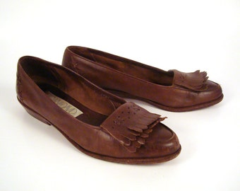 74b243c4cb5 Loafers Brown Vintage 1980s Leather Shoes Joan and David Women s