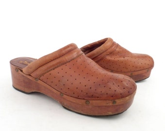 178152cd803 Leather Wooden Clogs Vintage 1970s Wild Pair Wood Platform Whiskey Brown  men s size 7 1 2
