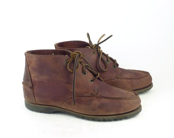 f7fb1c13e27 Hiking Moccasin Boots Vintage 1990s Timberland Leather Boots Women s size 8  1 2