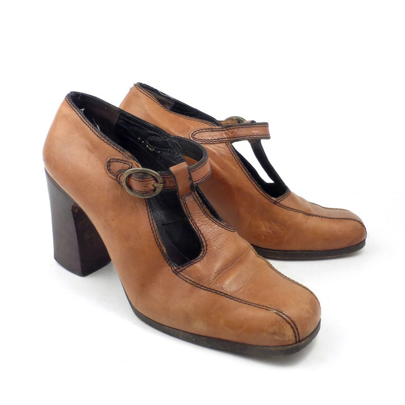50ae1d4cdbe4 Brown Mary Janes Heels Vintage 1970s Shoes Mary Jane Tan High