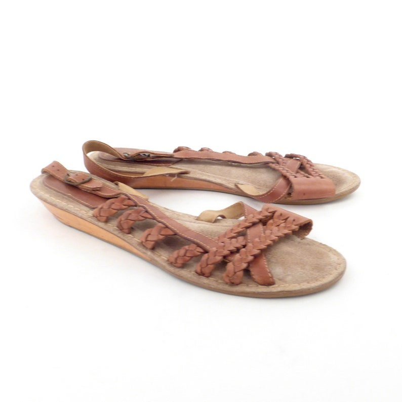0808a5ab362cb Wedge Leather Sandals Vintage 1970s Daytimers Wood and Leather Sandals  Women's size 7 1/2
