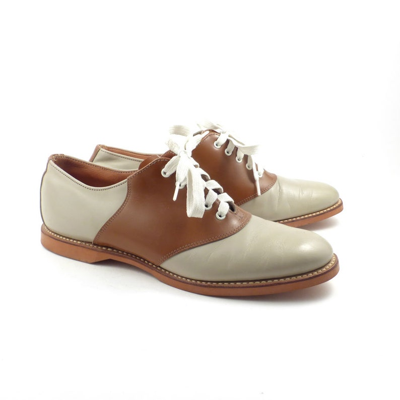 1a8e03fa4237a Saddle Shoes Vintage 1960s Brown Leather Oxfords Women's size 8 1/2 AA