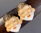Vintage Porcelain Toshikane Japan Screw-back Earring .