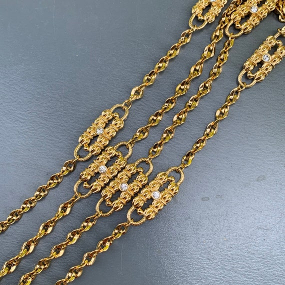 Vintage Jackie Kennedy Necklace . Gold Plated Rhin