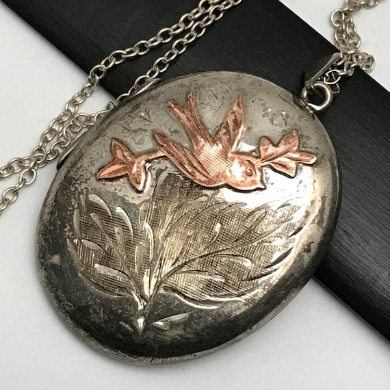 Antique Victorian Silver Locket .  Antique Photo P