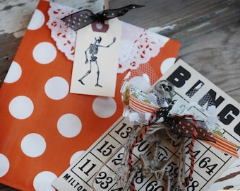 SKELETON mini tags set of 10 - Halloween tags - Halloween Party - Mini Skeleton - Hand stamped tag - Manila Tag - Skeleton tag - Halloween