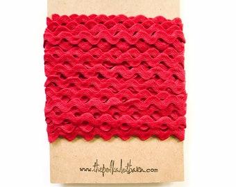 Red Ric Rac 1/2 inch 10 yards - Red Ric Rac - Zig Zag trim - Ric Rac - Red trim - Sewing trim - Red fabric trim - Red ribbon - Crimson