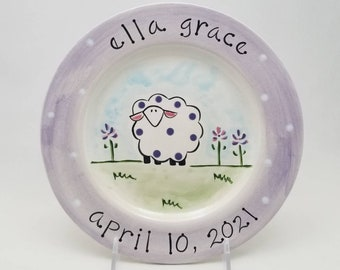 personalized baby plate / custom birth gift  / hand painted baby plate / sheep ceramic baby plate / baby animal plate / new baby gift