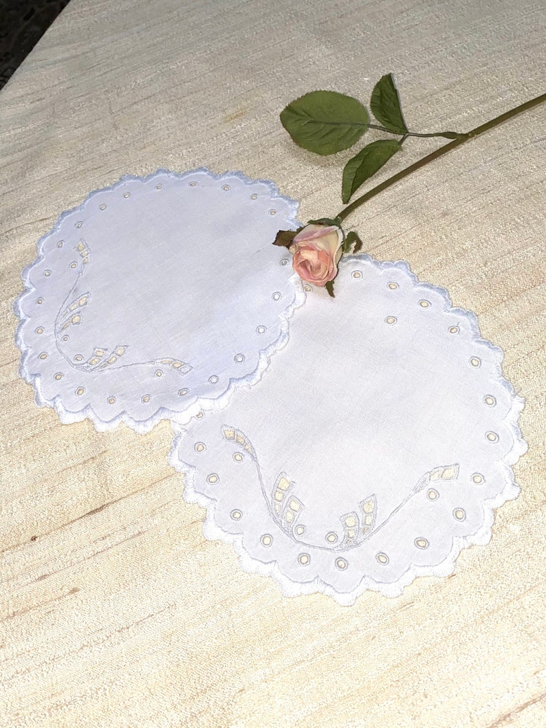 Antique Round Doily Made of Linen with Hand Embroidery 7 Inches