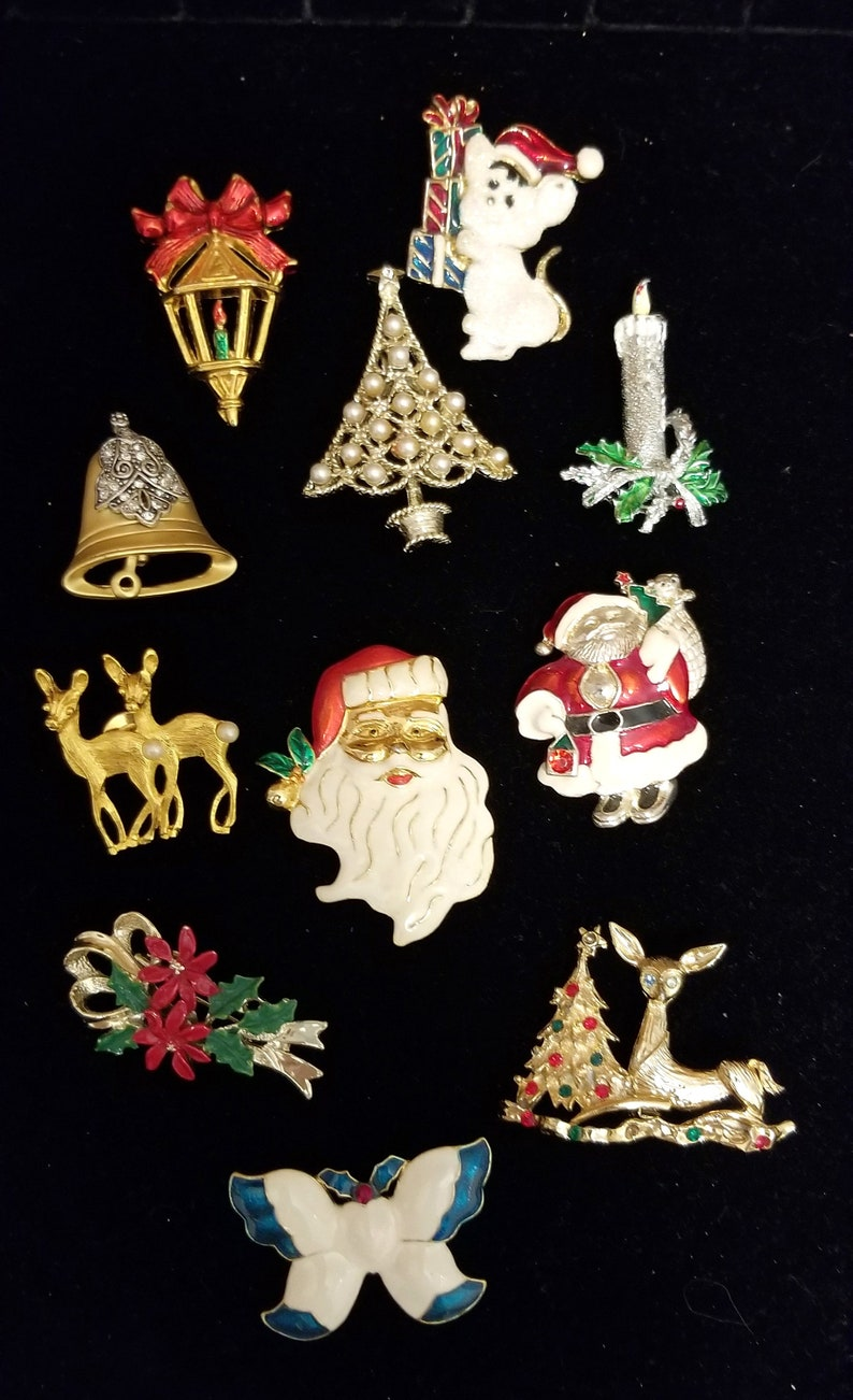 Altered Art #2 Christmas Jewelry Blow Out Destash Lot 20 Piece Wearable JeweCrafts