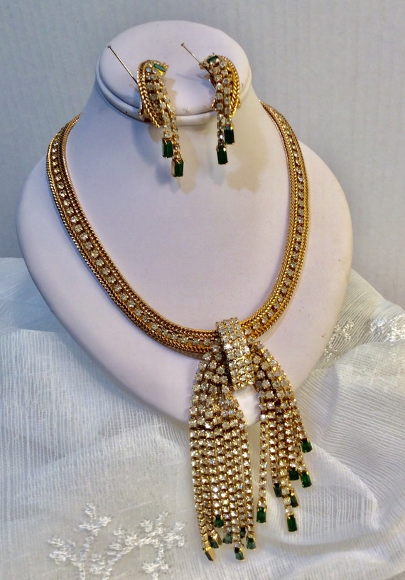 Spectacular Hobe' Rhinestone Necklace and Earrings