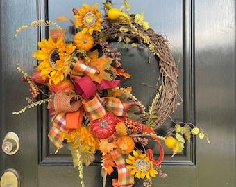 Fall Pumpkin Sunflower Wreath Rustic Grapevine for Front Door, Outdoor Autumn Wreath, Fall Door Wreath with Pumpkins, Simple Fall Wreath