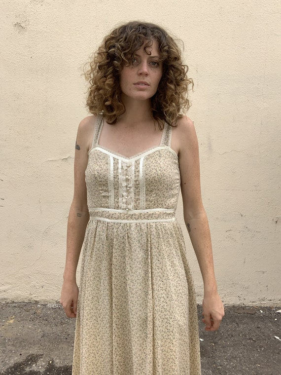 Vintage Gunne Sax Cream Floral Dress - image 1