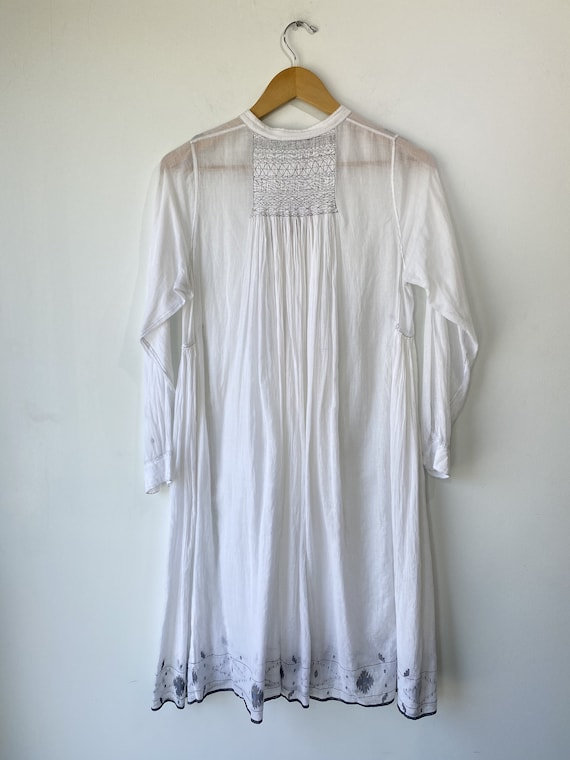 Injiri White Embroidered Dress - image 6