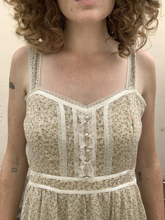Vintage Gunne Sax Cream Floral Dress - image 3