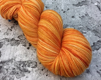 RAINBOW KETTLE tangerines #3 - 80/20 Merino Sock Hand-dyed Yarn