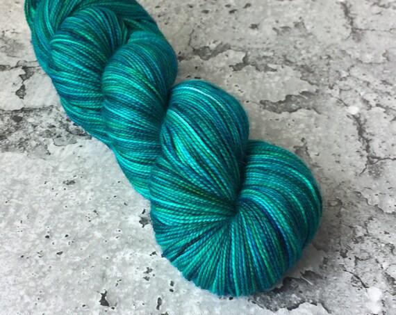 RAINBOW KETTLE Voodoo #8 - 80/20 Merino Sock Hand-dyed Yarn