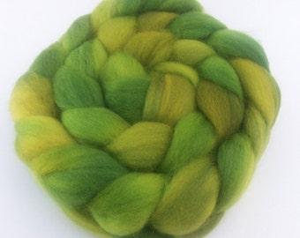 Handpainted Superwash BFL Spinning Top - 4oz braid - Lucky Green