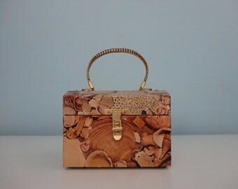 VINTAGE decoupaged seashell BOX PURSE - ooak purse - beachy beach purse - nautical shells purse