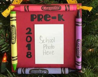 Ornement de Photo de 2018 Pre-K colorie souvenir l'école